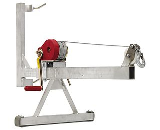 Geda mounting arm with hand winch